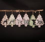 Un fantastico Set di 6 Alberi Natale I nostri bellissimi alberi di Natale con la forma del tuo cane
