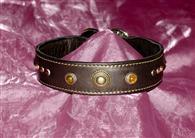 La serie Normal Shape è dedicata a chi vuole un collare dalla forma classica e d